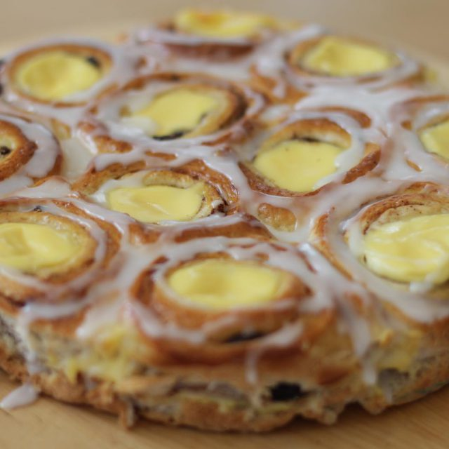 Norwegian princess cake incredibly tasty!  Nystekt prinsessekake er noehellip