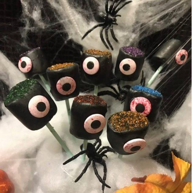 Happy Halloween! Disse ste enyde monstrene ble rets siste Halloweenprosjekthellip